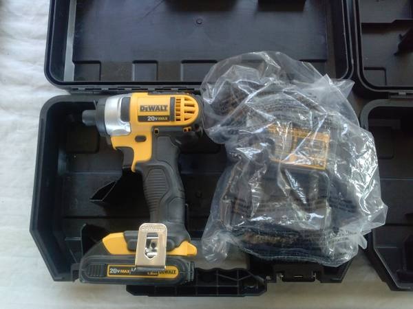 20v impacts, sawsalls, jigsaws 18v DEWALT (alamo)