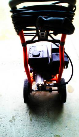 (2) used pressure washer troy bilt generac 2700 psi - $199 (san juan)