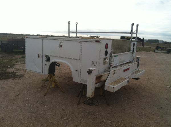 KNAPHEIDE Service Bed Mechanic Bed - $3000 (Edinburg )