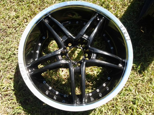 $350 ALMOST NEW 20 INCH ZINIK UNIVERSAL RIMS BLACK WITH CHROME LIP - $350 (RGV)