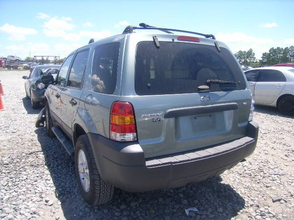2006 FORD ESCAPE FOR PARTS ONLY