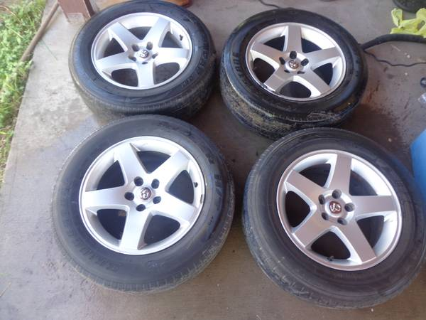 17 DODGE CHARGER RIMS AND TIRE - $250 (PHARR)