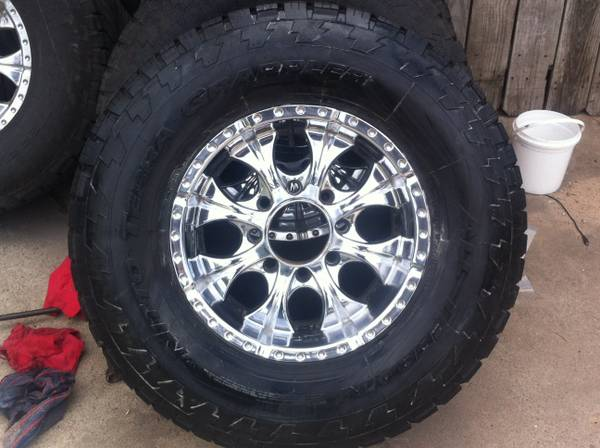 17in rims and tires 8lug for a f250