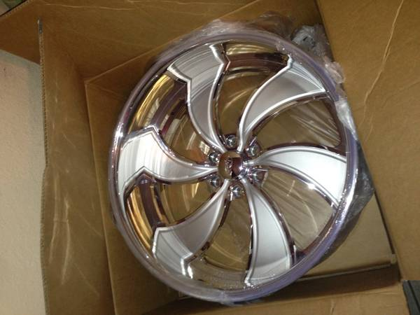 22 y 24 intro wheels - x00243700 (Palmview)