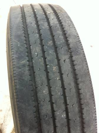 Bridgestone tires 225 70R 19.5 - $100 (harlingen tx)