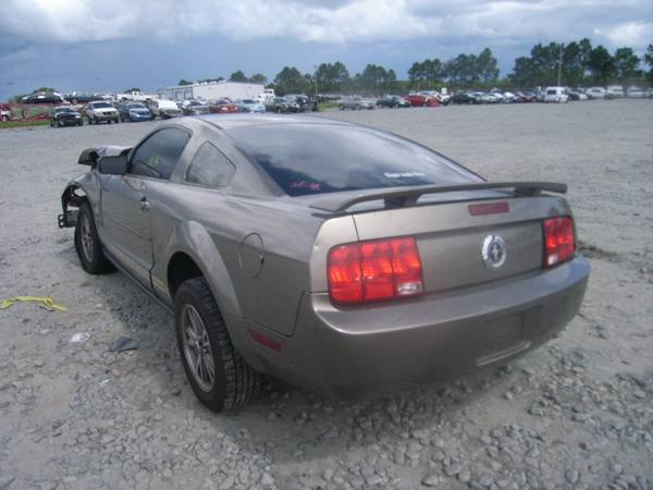 2005 FORD MUSTANG FOR PARTS ONLY (MCALLEN TX )
