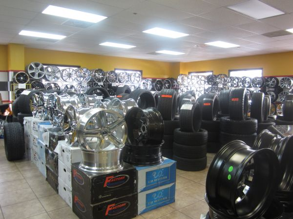 LOPEZ TIRES AND WHEELS (801 N 23 RD HACKBERRY)