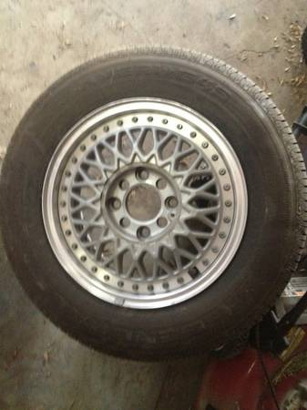 HONDA WHEELS - $250 (EDINBURG)