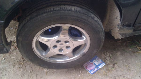 16 Ford SHO Rims 300 need them gone - $245 (mission)