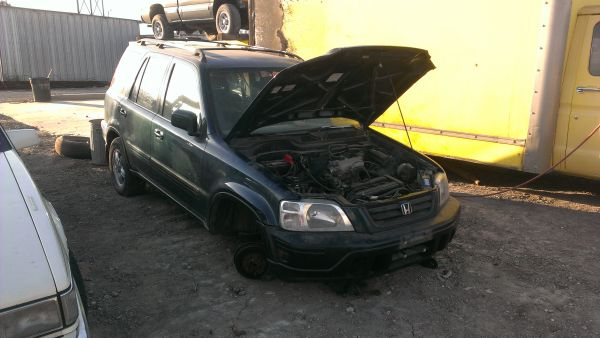 1998 HONDA CRV for PARTS B20 ENGINE (Harlingen 956-428-4673)