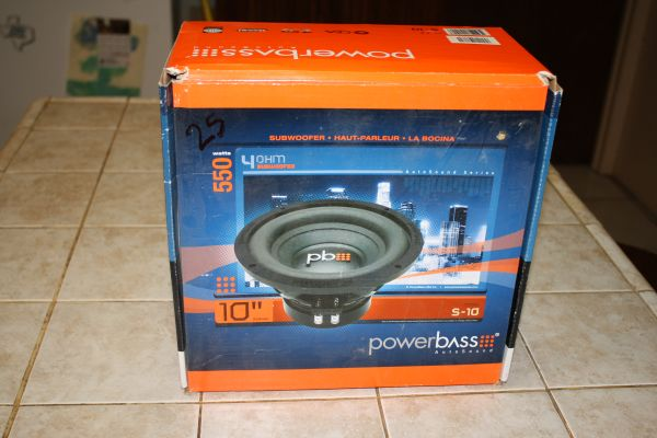 powerbass 550 watts subwoofer 10 Model S-10 - $30 (Weslaco)
