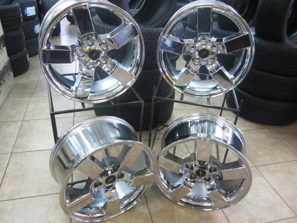 LOPEZ TIRES AND WHEELS - $1399 (801 N 23 RD HACKBERRY)