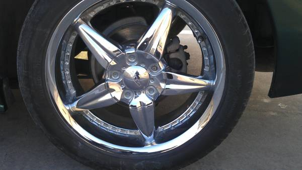 18 chrome rims 5 lug universal - $350 (obo trade weslaco)