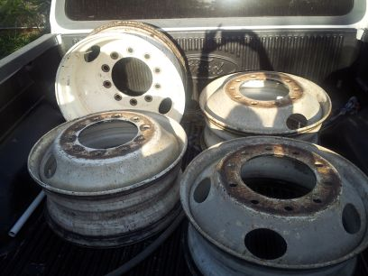 semi truck rims - $150 (edinburg)