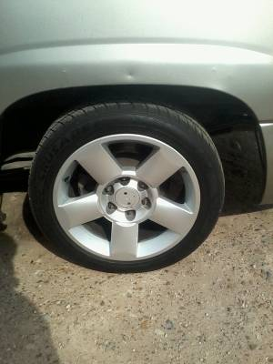 2006 nissan titan rims  - $450 (mission edinburg)