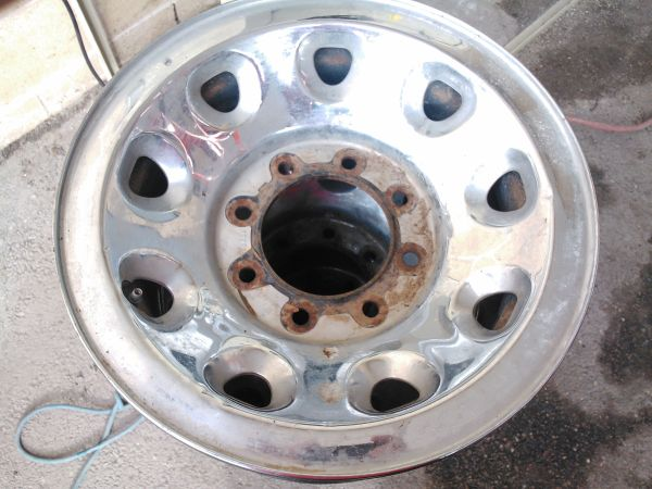 ford heavy duty steel wheels 8 lug f250,f350 - $120 (mission)