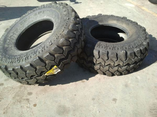 2 BRAND NEW SUPER SWAMPERS (Brownsville)