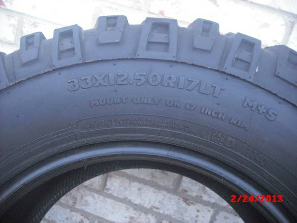 2-Mickey Thompson Mud-tires (McAllen,Tx)
