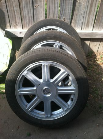 08 Chrysler Sebring rims and tire 18 - $300 (Mcallen, ware and Trenton )
