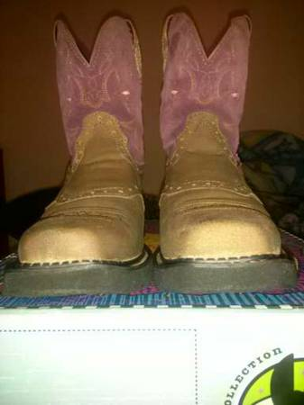 ARIAT fat baby boots - $50 (edinburg)