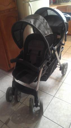 chicco cortina  double stroller cubes - $120 (mission)