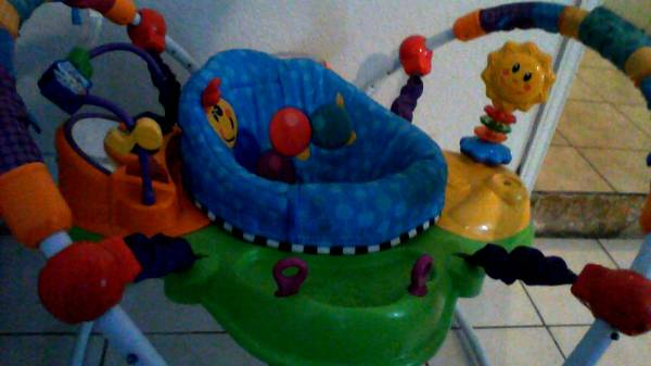 Baby Einstein Jumperoo brincolin - $45 (Mcallen)