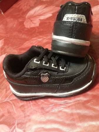 K-Swiss black New Infant shoes size 3 - $15 (weslaco)