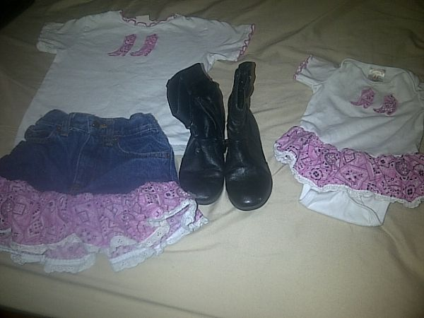 Matching cowgirl outfits for girls sz 56 and 18 months (Mission)