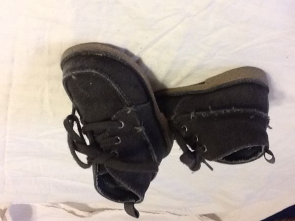Toddler boy GAP boots sz 7 - $8 (North McAllen )