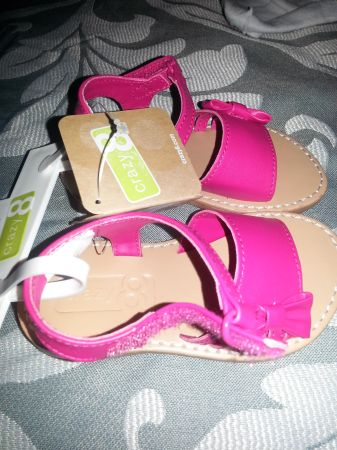 NEW WITH TAGS CRAZY 8 Pink toddler sandals size 6 (Mission)