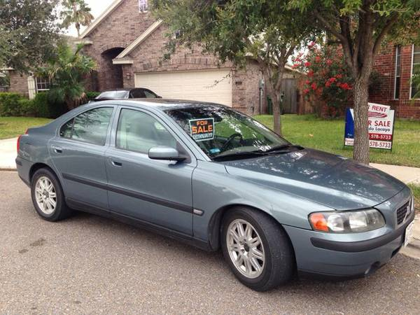 Volvo S60 2004 for sale - $4000 (Mission)