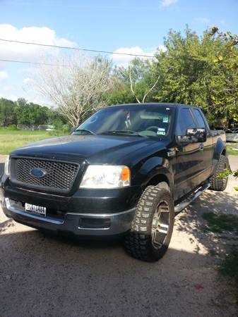 2005 Ford F150-3 inch lift - $7500 (Mission)