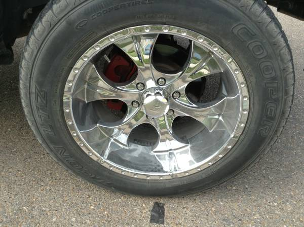 R20 chrome rims with Cooper Zeon Ltz. 27560r20 FSFT - $1000 (Mission)