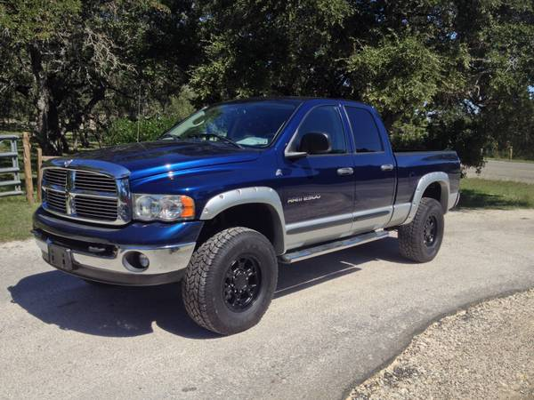 2004 DODGE RAM 2500 QUAD SHORT BED 4X4, 5.9L - $24990 (carsandtrucksdirect.com)