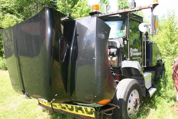 2-Kenworth T300 Mobile Home Toters (Gray Maine)