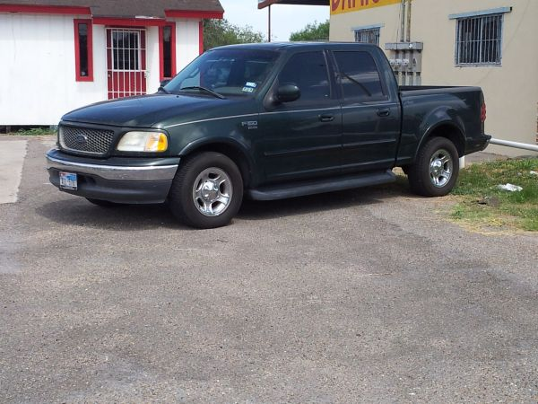 2001 FORD F-150 LARIATONE OWNER FINANCE NOW W$2000 DOWN ( LOW MONTHLY PAYMENTS CALL US 956-289-8337)