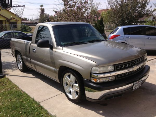 2001 SILVERADO SINGLE CAB NICE - $5500 (Pharr)