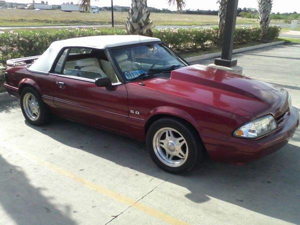 93 MUSTANG 5.0 LX STD,LOTS OF MODSTRADE FOR 99 UP MUSTANG GT JEEP - $7200 (Brownsville)