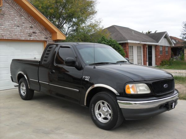 FORD F 150 98 CABINA Y MEDIA $$$ - $4800 (PHARR TEXAS)