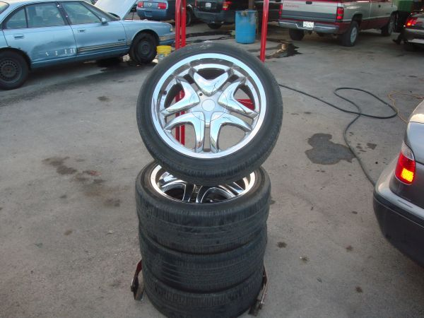 DONT MISS OUT ON THIS GREAT DEAL 20 INCH RIMS  TIRES FOR CHEVY - $345 (ESPINOS TIRES AND AUTO CENTER)