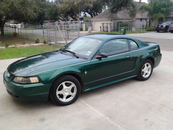 Ford Mustang 2001 - $2850 (Palmview Tx )