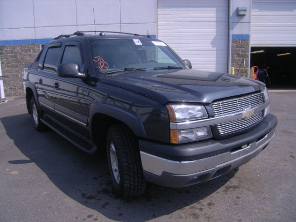 2004 CHEVY AVALANCHE cheap - $8900 (mcallen)
