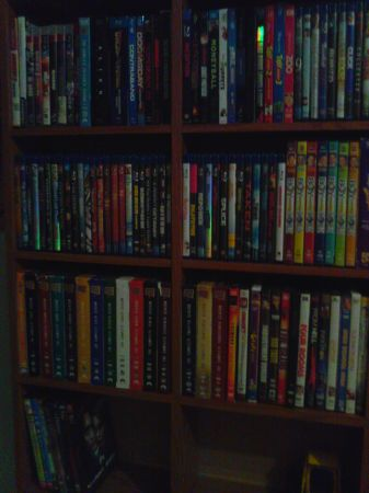 BluraysDvdsVhs Movies must go asap Make new an offer - $1 (edinburg)