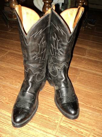 VTG TONY LAMA BLK LABEL COWBOY BOOTS W NEW VIBRAM SOLES  SIZE 11 A - $75 (MCALLEN  EDINBURG  MISSION AREAS)