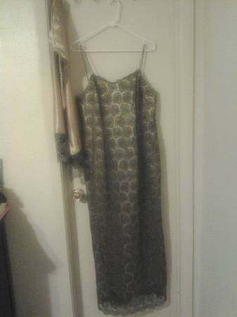 dresses for special occasions - $20 (edinburg)