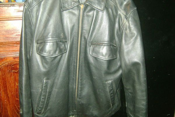 ROUNDTREE  YORKE BLACK LEATHER JACKET  - $1 (PSJA)