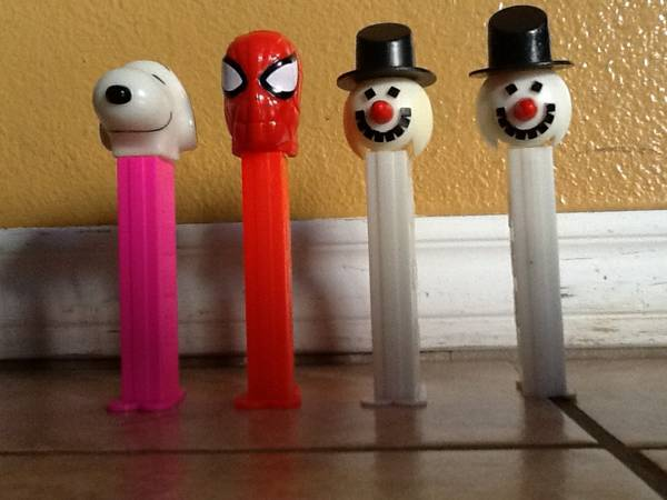 Pez Vintage Snowman, Spider-Man, and Snoopy - $10 ((can meet in)North McAllen(Trenton))