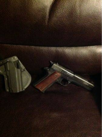 1911 replica - $80 (Edinburg)