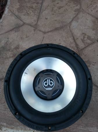 2 12 subwoofer 1500 watt platinum db drive - $120 (pharr)