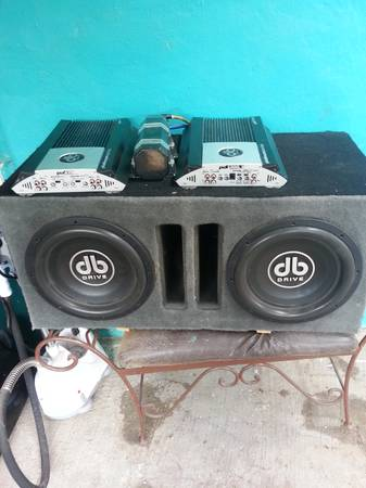 FOR SALE DB DRIVE SUBWOOFERS AMPS AND CAPASITOR - $550 (Alton, TX)